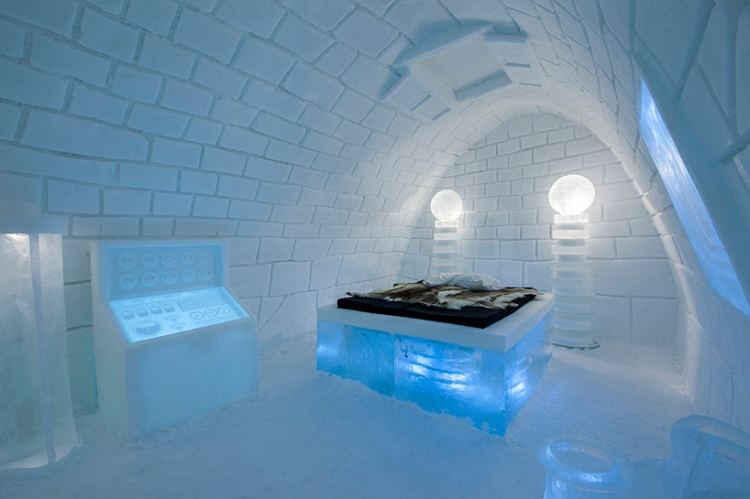 pinpin-studio-art-suite-icehotel-designboom01
